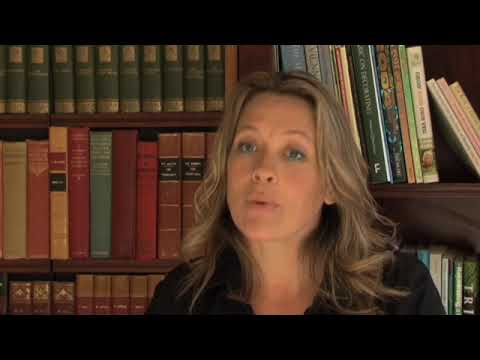 Tips on how to put together a funds to your property growth with Sarah Beeny – www.bizzibox.com