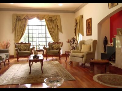 6 bed room home on the market in Lavington
