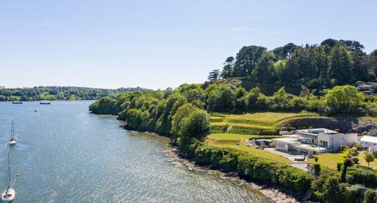 PROPERTY FOR SALE   River Home, Saltash   Bradleys Property Brokers