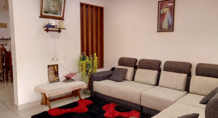home on the market Kottayam Changanassery mammood 10 cent 2250 sqft four bhk