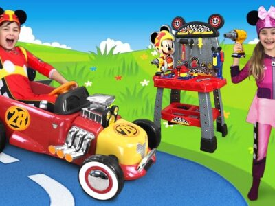 Max and Sasha Trip on Mickey Mouse Toy Automotive & make new Toys
